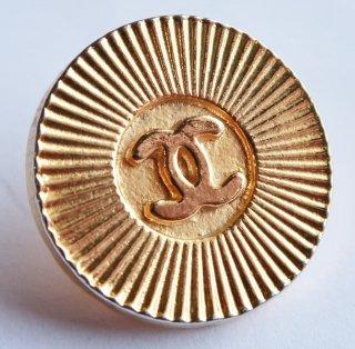 579-1 CHANEL VINTAGE(シャネル ヴィンテージ)COCO マーク デザイン  ボタン ゴールド