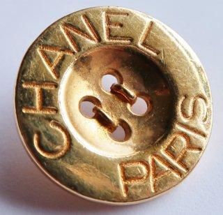 582-1 CHANEL VINTAGE(シャネル ヴィンテージ)CHANEL PARIS ロゴ デザイン  ボタン ゴールド