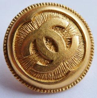 585-2 CHANEL VINTAGE(シャネル ヴィンテージ)COCOマーク デザイン  ボタン ゴールド