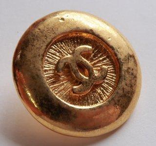 591-2 CHANEL VINTAGE(シャネル ヴィンテージ)COCOマーク デザイン  ボタン ゴールド