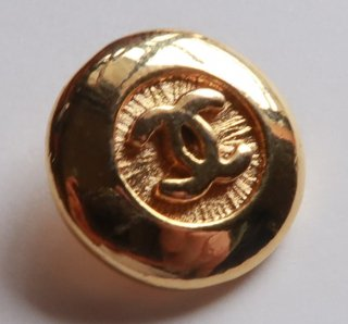 591-3 CHANEL VINTAGE(シャネル ヴィンテージ)COCOマーク デザイン  ボタン ゴールド