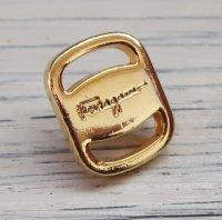734 Salvatore Ferragamo (ヴィンテージ フェラガモ) ヴァラ 金具 ボタン ゴールド