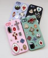 iPhone SE&7/8対応 The Delight BIJOU & MEDAI CROSS IPHONE CASE(ビジュー&メダイ クロス アイフォーン ケース)