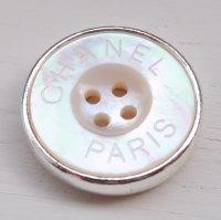 852-1 CHANEL(ヴィンテージ シャネル)CHANEL ロゴ デザイン ボタン シルバー
