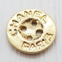884 CHANEL(ヴィンテージ シャネル)ロゴ デザイン ゴールド
