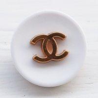 949 CHANEL(ヴィンテージ シャネル)COCOマーク ボタン ホワイト