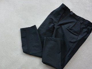GOLDWIN ゴールドウィン / One Tuck Tapered Stretch Twill Pants black