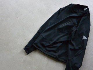 and wander アンド ワンダー / back nap raising pullover black