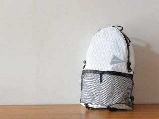 and wander アンド ワンダー / X-Pac 20L daypack off white