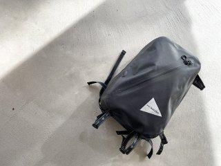 and wander アンド ワンダー / waterproof daypack black