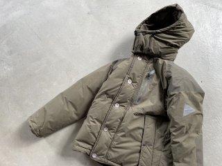 and wander アンド ワンダー / tough down jacket d.khaki