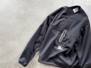 and wander アンドワンダー / light fleece pullover black