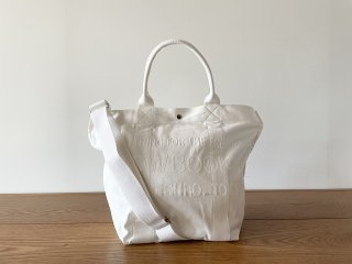 COW BOOKS カウブックス / Bucket Shoulder white × white