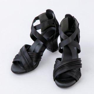 エレガントマジック 快適で歩きやすい履き心地 脚を美しく魅せる ルイヒールサンダル ブラック