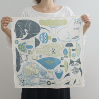福田利之さんイラスト 正方形のダブルガーゼ Mサイズ 猫とキノコ(水色)